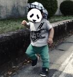 歩き始めた1歳児